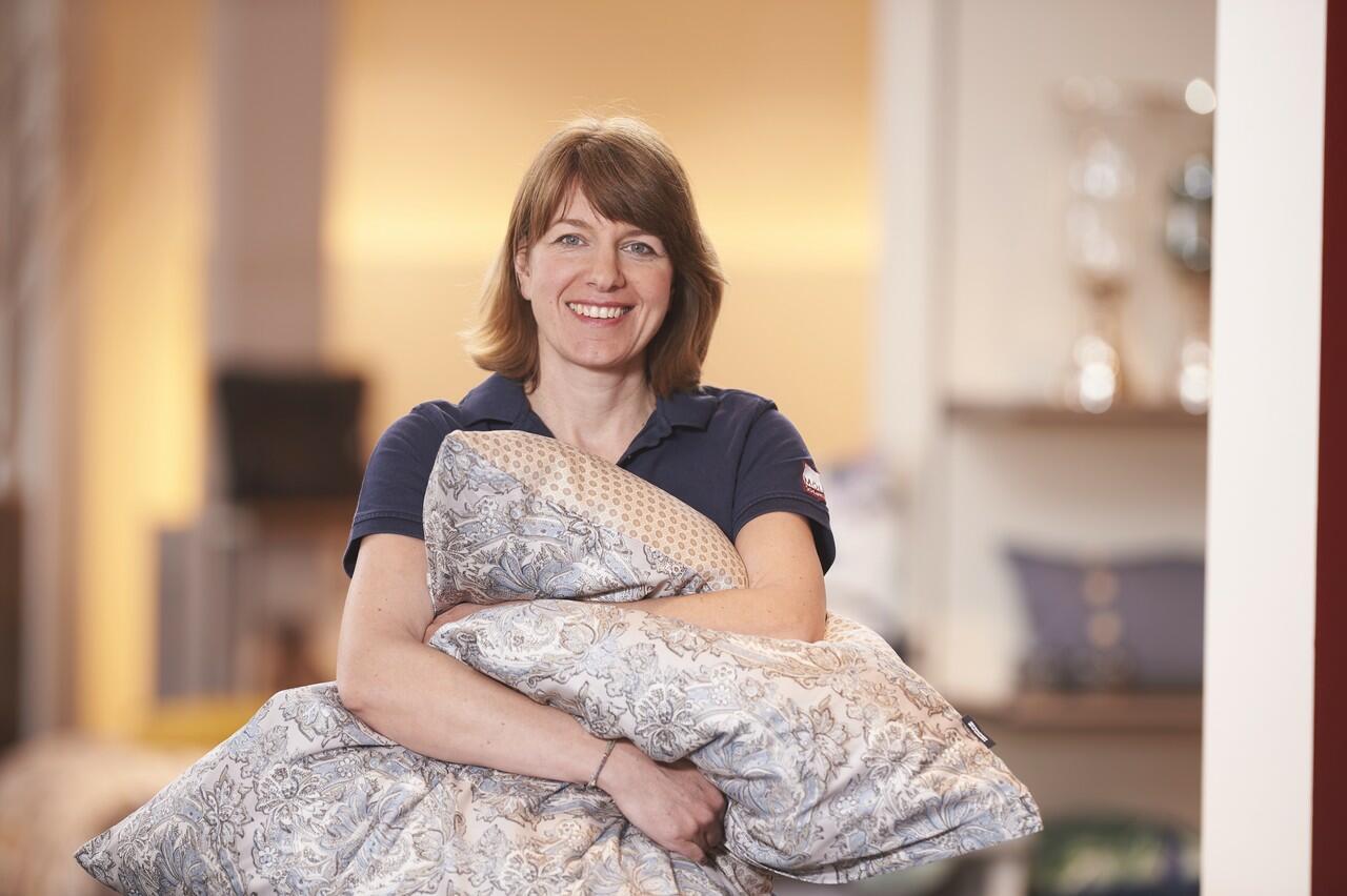 schlaftipp nr 8 schlafen sie sich sch n betten matratzen fulda boxspringbetten bettw sche. Black Bedroom Furniture Sets. Home Design Ideas